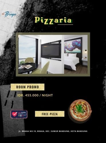 Pizzeria in the Room